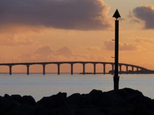 Pont de l'île de Ré au coucher - © Cécile TRIBALLIER - CMT