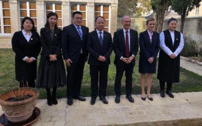 Une délégation du Jilin Animation Institute (Chine) découvre le pôle image Magelis